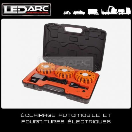 Balisage-routier-LED-lumineux-valise-3-balises-LED-orange-Roadflare3-Megaflare-de-LEDARC(10)